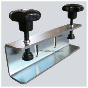 Back clamp with 80mm distance – Front side view